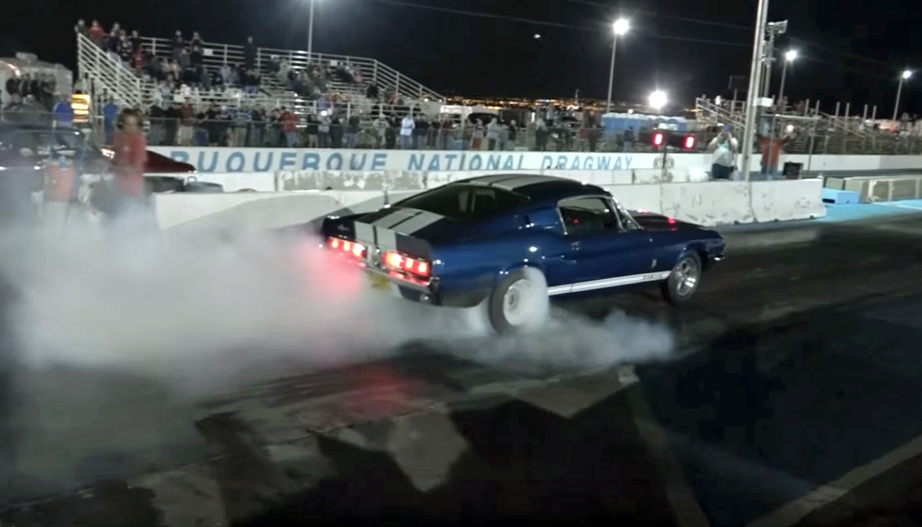 1967 Ford Mustang GT500 smokes the strip
