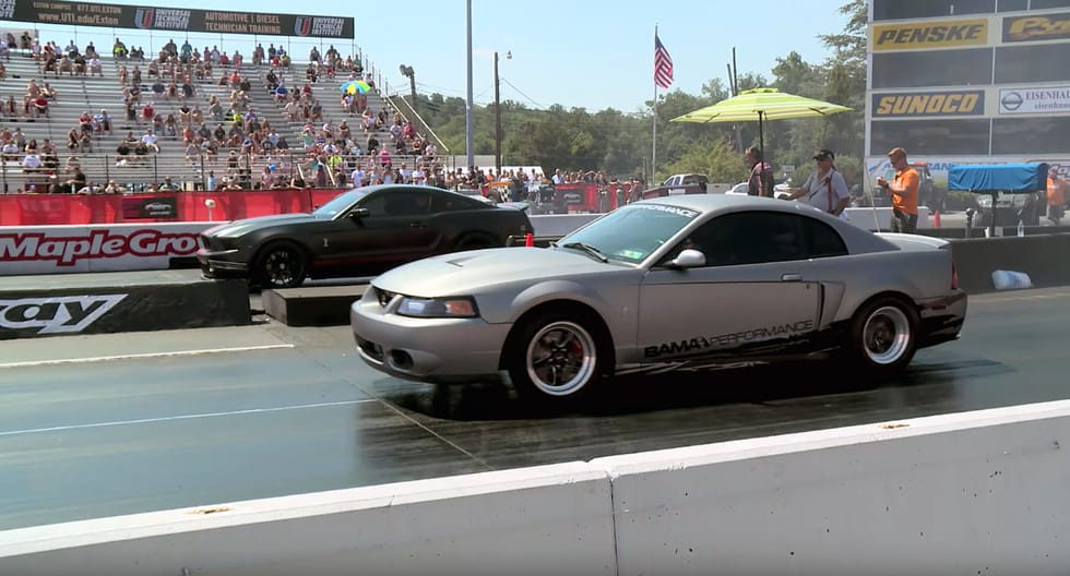 Modded Mustangs put on a fast show in 5 seconds
