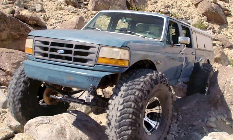 1993 Ford F-350 transforms to a monster rock climber