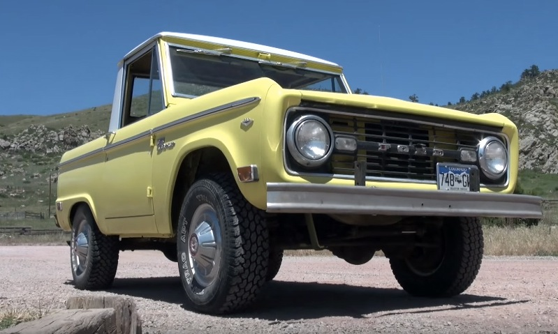 Classic Ford Bronco helps prove why small trucks are awesome