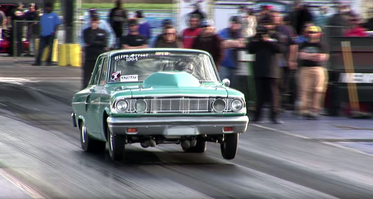 All-motor, big-block Ford Fairlane leaps off the line