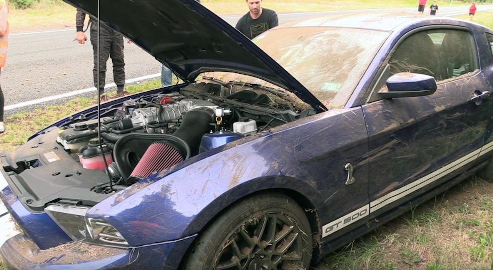 Shelby Cobra GT500 Crash