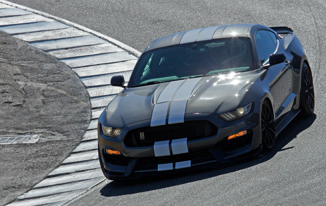 Shelby GT350 Mustang hits the track at Laguna Seca