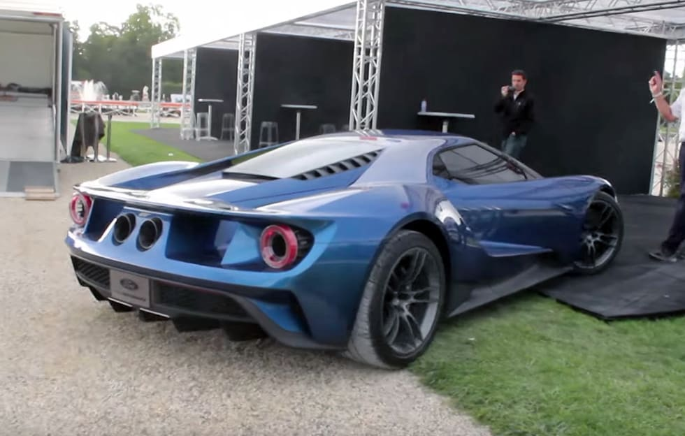 Hear this 2017 Ford GT fire it up