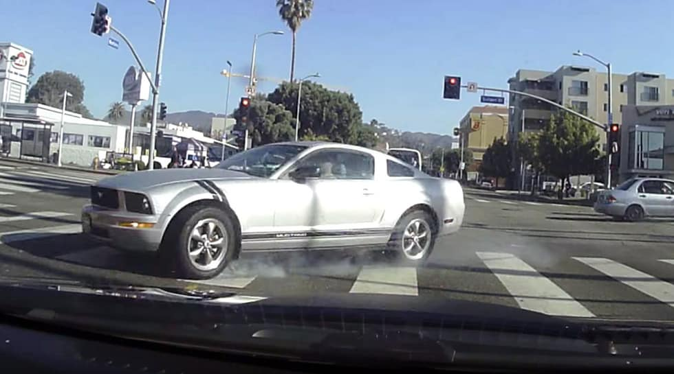 This Mustang Crash is Thoroughly Bizarre