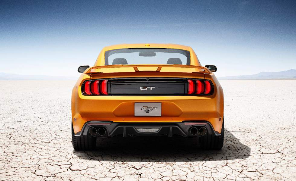 New-Ford-Mustang-V8-GT-with-Performace-Pack-in-Orange-Fury-3
