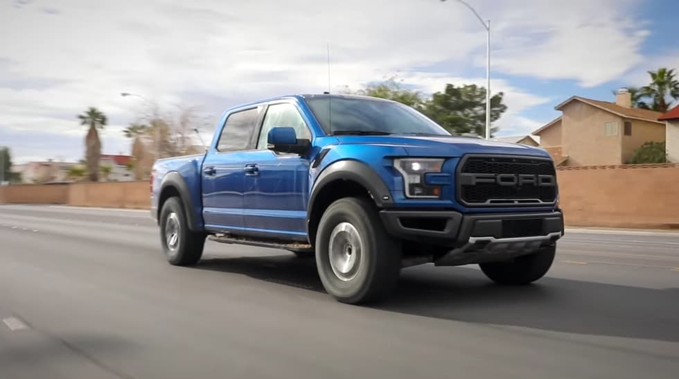 Hammer down with the 2017 Ford F-150 Raptor