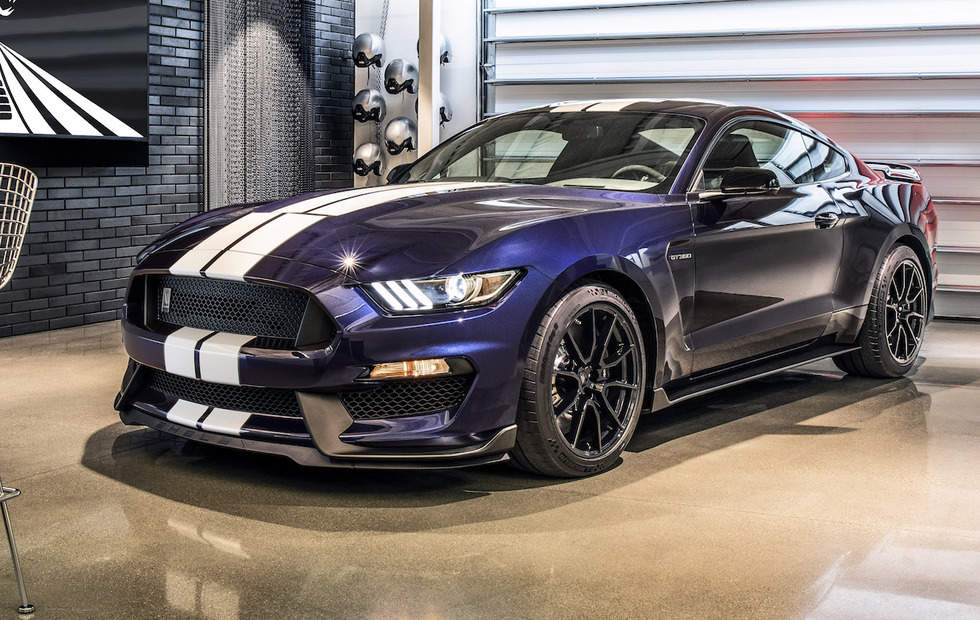 2019 Mustang Shelby GT350 Gets Sharper