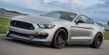 CNBC Says The 2020 Ford Mustang Shelby GT350R is the most exciting car under $100,000